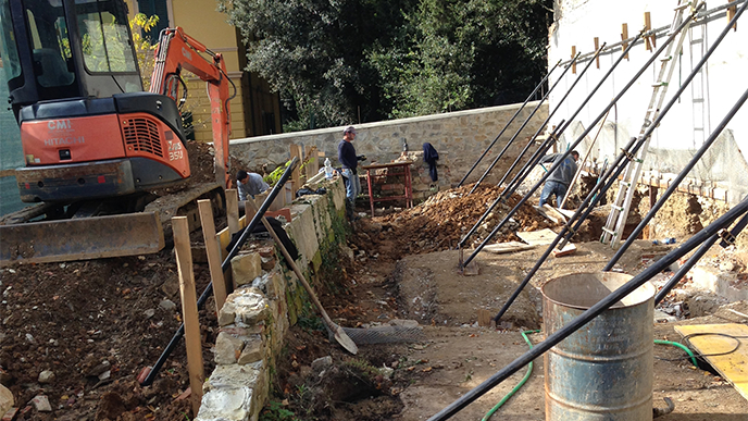 rifondazione muro esistente
